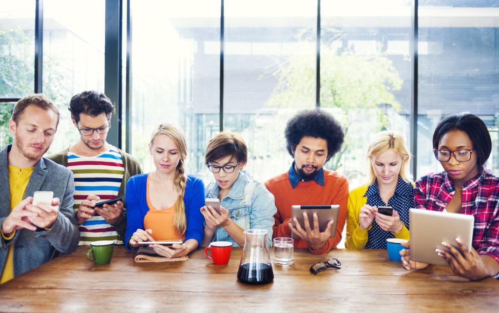 Jak działasz w social media? Sam czy we współpracy z agencją?