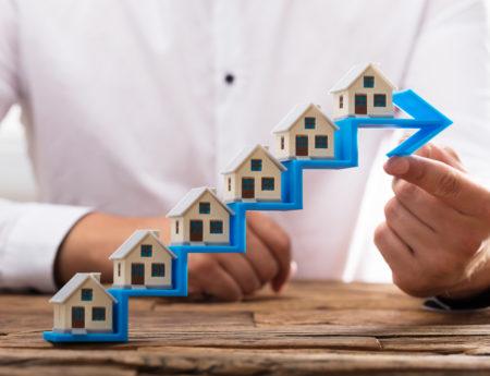 Zapytania z którego serwisu najczęściej kończą się sprzedażą nieruchomości?